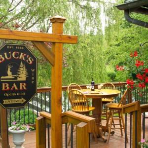 Buck's Bar