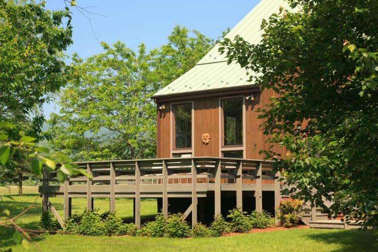 FortLewis-Exterior-Lodge-Deck-01