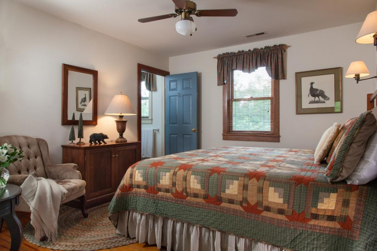 FortLewis-Rooms-Lodge-10